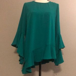 New Asymmetrical 3/4 Sleeve Green Top